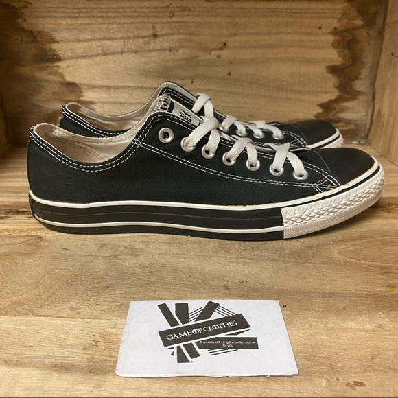 Converse low top black white sneakers shoes